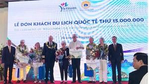 Quảng Ninh chào đón vị khách quốc tế thứ 15 triệu