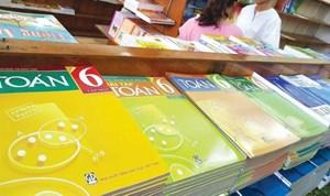 Sách giáo khoa cho chương trình mới: Còn nhiều lúng túng