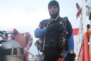 Thợ lặn Indonesia thiệt mạng khi tìm kiếm chiếc máy bay chở 189 người gặp nạn
