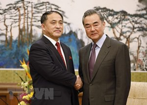 Thứ trưởng Ngoại giao Triều Tiên gặp Ngoại trưởng Trung Quốc