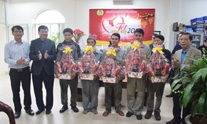 Thừa Thiên - Huế: Gần 175.000 đối tượng chính sách đón nhận quà Tết