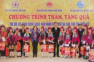 Trưởng Ban Dân vận Trung ương thăm, chúc Tết tại Quảng Ninh