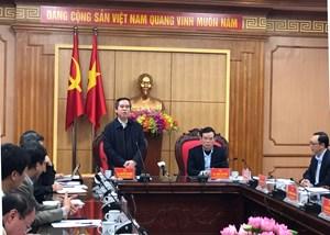 Trưởng ban Kinh tế Trung ương thăm, chúc Tết gia đình chính sách tại Tuyên Quang