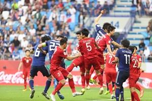 VAR khước từ bàn thắng của Nhật Bản