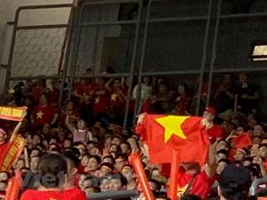 Vì sao nhiều cổ động viên Việt Nam không có chỗ ngồi tại Bukit Jalil?