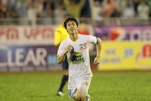 Vòng 10 V-League 2017: Thành Vinh đón Công Phượng, Hàng Đẫy nóng chung kết sớm
