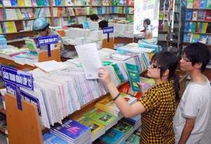 Xã hội hóa biên soạn sách giáo khoa: Cần lộ trình
