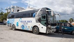 Xe buýt đâm vào đám đông ở Haiti, 38 người chết