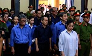 Xét xử Hứa Thị Phấn và đồng phạm: Tranh tụng về đề nghị bác kháng cáo của đại diện Viện Kiểm sát