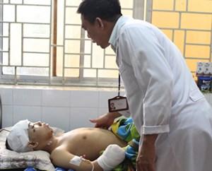 Cứu sống bệnh nhân bị tàu đâm đa chấn thương
