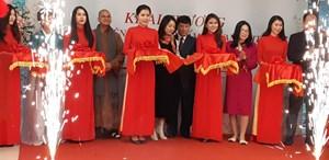 Skylink Group khai trương văn phòng dịch vụ đào tạo nghề làm đẹp