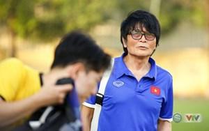 VFF ký hợp đồng chính thức với bác sĩ Choi Ju Young