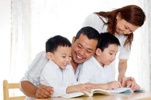 Gia đình đọc sách - gắn kết yêu thương
