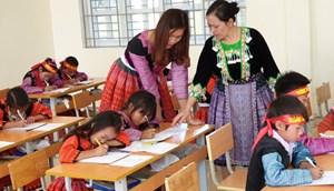 Công bố dự thảo 8 chương trình tự chọn tiếng dân tộc thiểu số