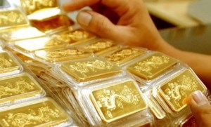 Vàng tiếp đà giảm giá