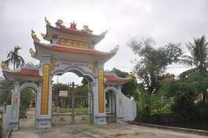 Từ và chùa làng Hoành Sơn: Thờ ba vị tướng, ba triều