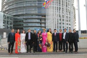 Doanh nghiệp Việt ở châu Âu xoay xở sau dịch