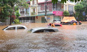 Chủ tịch Trần Thanh Mẫn gửi điện thăm hỏi các gia đình bị thiệt hại do mưa lũ tại tỉnh Hà Giang