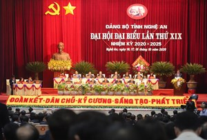 Thủ tướng: Nghệ An phải phấn đấu để tự cân đối ngân sách