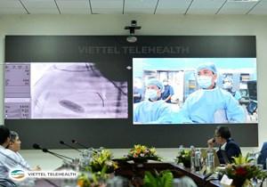 Cán bộ nhân viên Viettel ủng hộ 19 tỷ đồng xây dựng trung tâm hội chẩn từ xa cho ngành Y tế