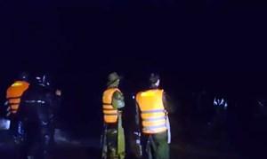 Vụ '2 cha con bị lũ cuốn trôi': Tìm thấy thi thể người cha
