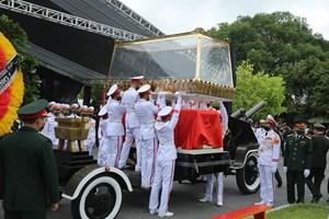 Phút xúc động tiễn biệt nguyên Tổng Bí thư Lê Khả Phiêu