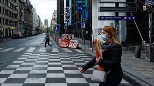 Dịch căng thẳng, Pháp lại áp đặt lệnh giới nghiêm trong vòng bốn tuần