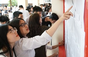 Đối sánh thi tốt nghiệp THPT: Cơ bản tương thích