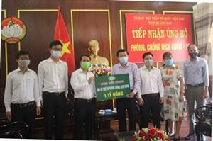 BẢN TIN MẶT TRẬN: Quảng Nam tiếp nhận thiết bị y tế phòng, chống dịch