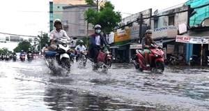 Trung Bộ mưa lớn diện rộng, Hà Nội nắng nhẹ