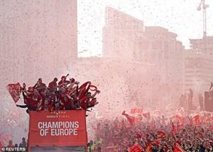 Liverpool sẽ được diễu hành ăn mừng chức vô địch Premier League?