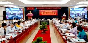 Bí thư TP HCM Nguyễn Thiện Nhân: Làm rõ vai trò đầu tàu của nền kinh tế thành phố