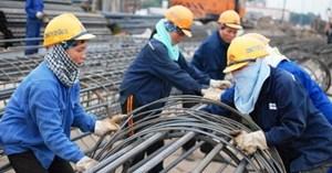 Cấp bách việc làm cho người lao động