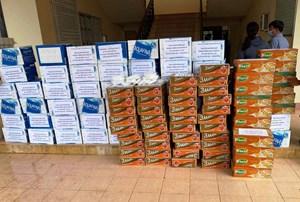 150 phần quà đến bà con vùng giãn cách xã hội ở Quảng Nam