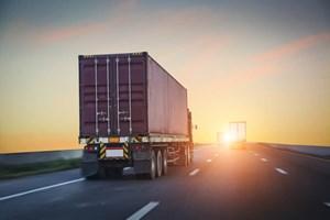 Không vội ngộ nhận việc 'phí vận chuyển trong nước cao gấp đôi đi Mỹ'