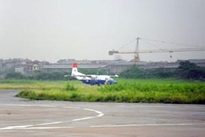 Loại bỏ sân bay Gia Lâm khỏi mạng dân dụng vì nằm giữa khu dân cư