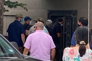 Mỹ đột kích lãnh sự quán Trung Quốc ở Houston