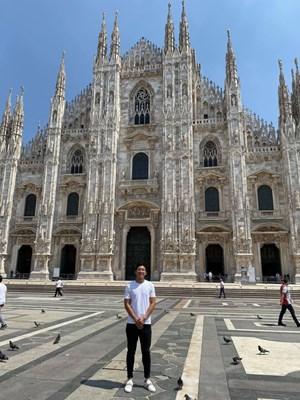 Đoàn Văn Hậu tham quan sân đấu của Juventus, Inter và AC Milan