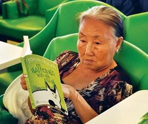 Nâng cao việc phục vụ người cao tuổi trong các thư viện công cộng