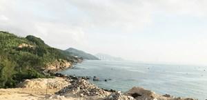 Tắm biển, ba khách du lịch bị đuối nước