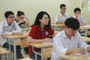 Đề thi tiếng Anh lớp 10 Hà Nội: Dễ hơn năm trước, dự báo nhiều điểm 10