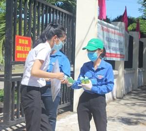 Quảng Nam: Giữa tâm dịch, môn thi tốt nghiệp đầu tiên diễn ra an bình