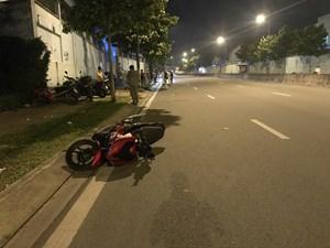 Phóng xe tốc độ cao, nam thanh niên tử vong khi văng lên vỉa hè