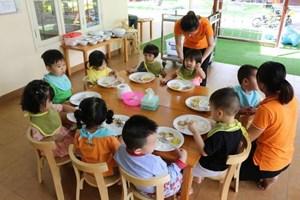 Nghiêm cấm vi phạm khẩu phần ăn của trẻ