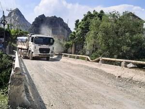 Thanh Hóa: Báo động cây cầu sắp sập