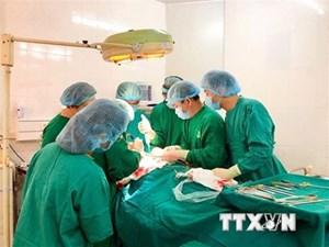 Phẫu thuật khối u nặng gần 3kg trong ổ bụng cụ bà 93 tuổi