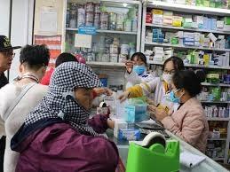 Bản tin 9H: Giá khẩu trang y tế tăng sau thông tin ca Covid-19 tại Đà Nẵng