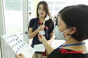 [ẢNH]Gần 80.000 thí sinh ở Hà Nội làm thủ tục dự thi tốt nghiệp THPT
