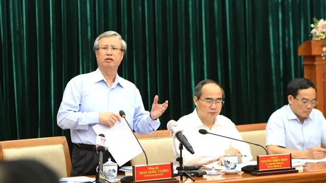 Ủy viên Bộ Chinh trị, Thường trực Ban Bí thư Trần Quốc Vượng phát biểu tại buổi làm việc. Ảnh: TTXVN.