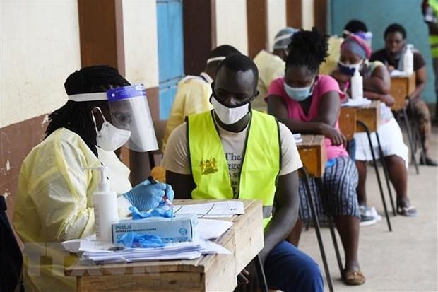 Một điểm xét nghiệm Covid-19 ở Nairobi, Kenya. (Ảnh: AFP/TTXVN)
